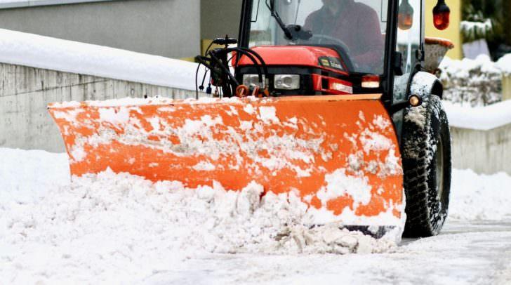 Möchten Sie Kärntens bester Schneepflugfahrer werden? Bis 18. Jänner können Sie sich zur Meisterschaft anmelden.