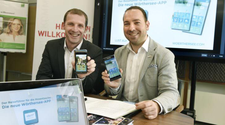Haben die neue Wörthersee-App schon am Handy: Roland Sint und Wolfgang Kuttnig