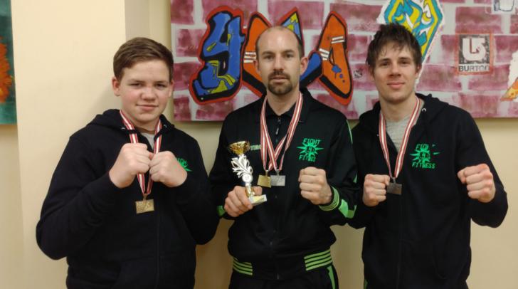 Wettkampf-Team ASKÖ Fight4Fitness (v. l. Philipp Scharf, Bernhard Hudelist und Tobias Berger)
