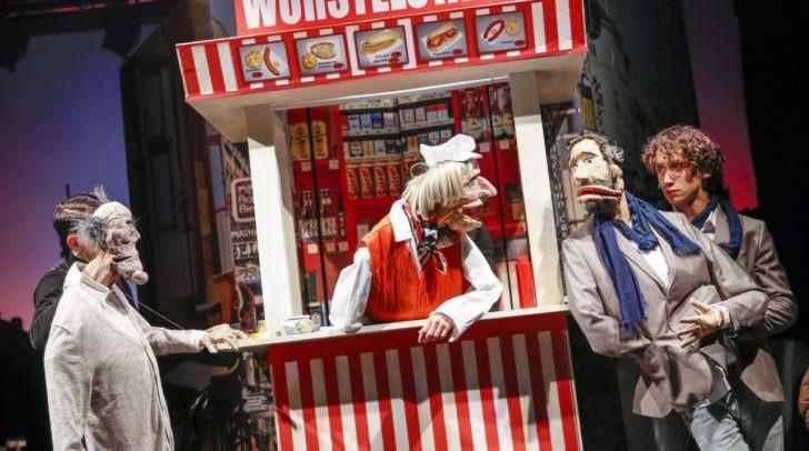 Die Nestroy prämierten Masterminds des zeitgenössischen Puppentheaters Nikolaus Habjan und Simon Meusburger vom Rabenhof Theater in Wien schaffen mit Dirk Stermanns Erfolgsroman eine absurd-komische Show.