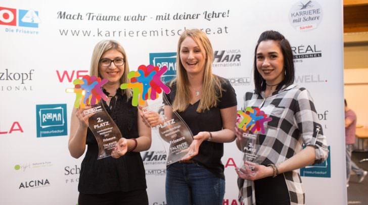 Starke Leistung von Hristina Binova, Lena Rindler und Christina Schaar aus dem 3. Lehrjahr (v.l.).