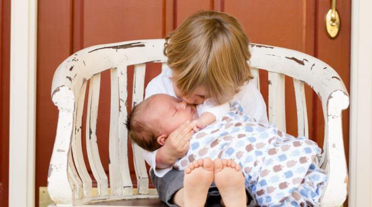 Die Beziehung zwischen Geschwistern ist etwas ganz besonderes. Um dies zu würdigen wurde der Tag der Geschwister ins Leben gerufen.