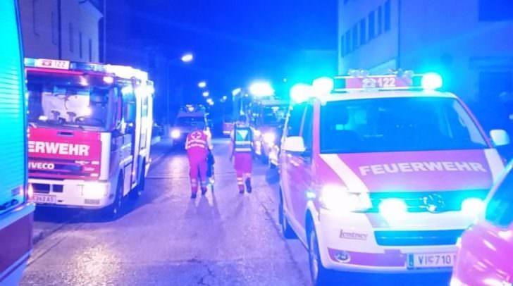 Einsatzkräfte vor Ort im Stadtteil Lind