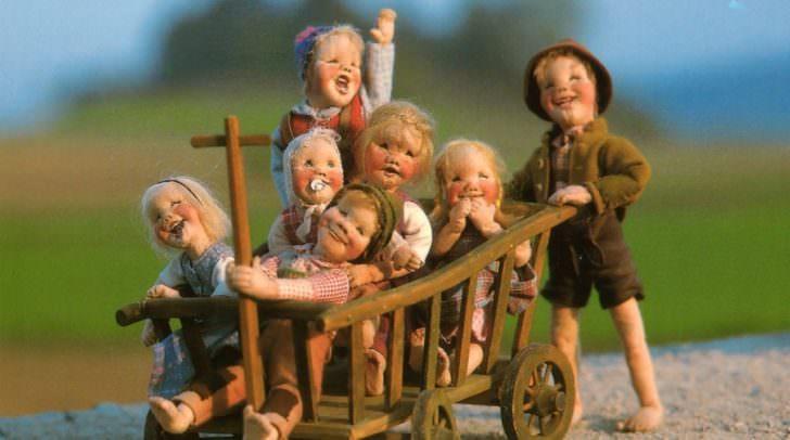 Szenen aus der Puppenwelt