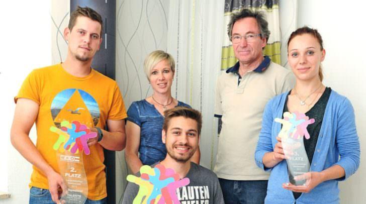 Petra Dietrichsteiner und Rudolf Krumpl freuten sich mit Christian Glatz, Sebastian Juritsch und Katharina Eggarter