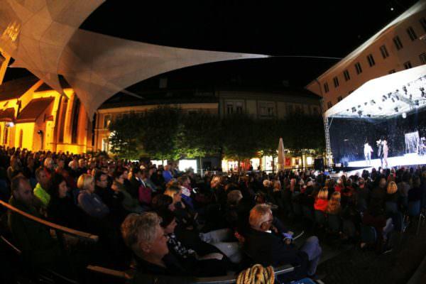 Villachs Rathausplatz bewährte sich perfekt als Veranstaltungsarena.