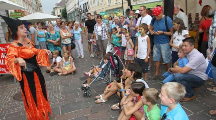 Der Klagenfurter Altstadtzauber lockt viele Besucher in die Innenstadt.
