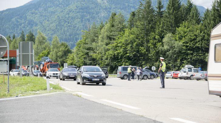 Beim Übertreten der italienischen Grenze, egal ob per PKW, LKW oder Zug, werden von 17. bis 21. September alle Personen kontrolliert und überprüft, ob ein gültiges Reisedokument mitgeführt wird.