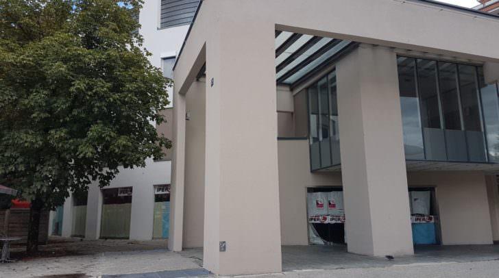 Mit dem Umzug des Re-Use Kaufhauses und der Neueröffnung von EINFACH.FIT finden die seit Jahren leerstehenden Räume wieder neuen Nutzen.