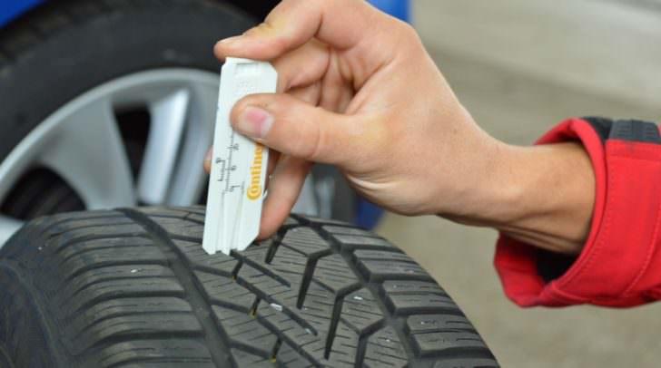 Regelmäßige Kontrolle des Reifenprofils ist wichtig!