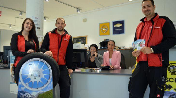 Das EISNER Kundendienst Team (v.l.) mit Bianca Unterrainer, Christian Schuller, Andrea Döppmann, Martina Mikula und Rudolf Benda