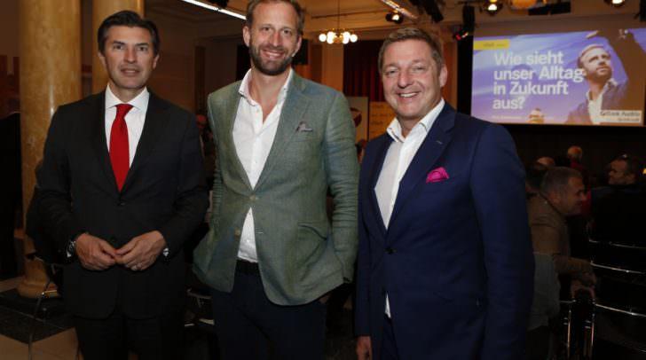 Bürgermeister Günther Albel mit Innovationsforscher Nick Sohnemann und Bank Austria-Vorstandsdirektor Robert Zadrazil
