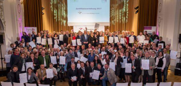 112 Gemeinden aus ganz Österreich wurden die Zertifikate verliehen