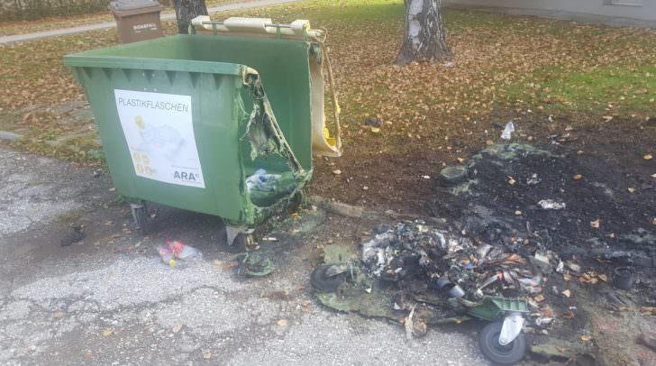 Der Mülltonnenbrand konnte von der Feuerwehr rasch gelöscht werden.