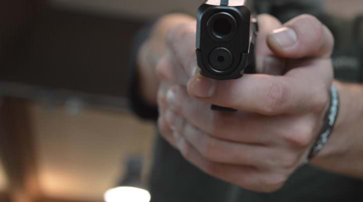 Dem Klagenfurter wurde von einem der Täter eine Waffe an die Schläfe gehalten, um den Forderungen Nachdruck zu verleihen.