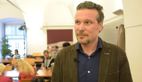 """Wolfgang Germ, FPÖ: """"Im oberen Bereich richtet man es sich anscheinend wie man will!"""""""