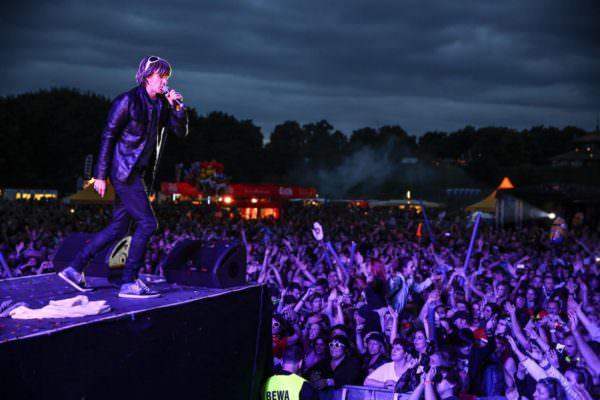 Mickie Krause live bei einem Konzert – er zählt zu einem der erfolgreichsten Schlagerkünstler Deutschlands