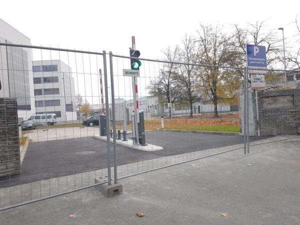 Die Parkfläche wurde in den letzten Tagen angepasst.