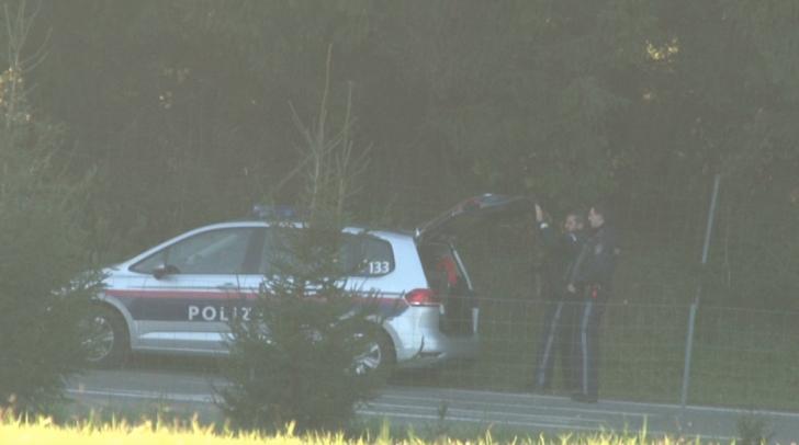 Polizei im Einsatz nach dem Raubüberfall