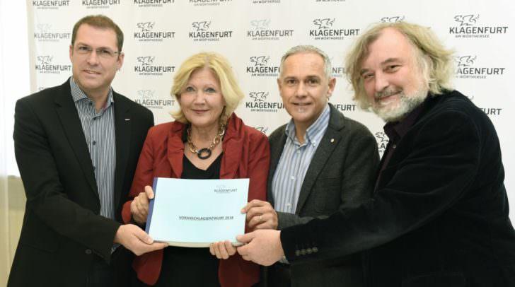 Bürgermeisterin Dr. Maria-Luise Mathiaschitz, Vizebürgermeister Jürgen Pfeiler sowie die Stadträte Markus Geiger und Frank Frey präsentieren das Budget 2018