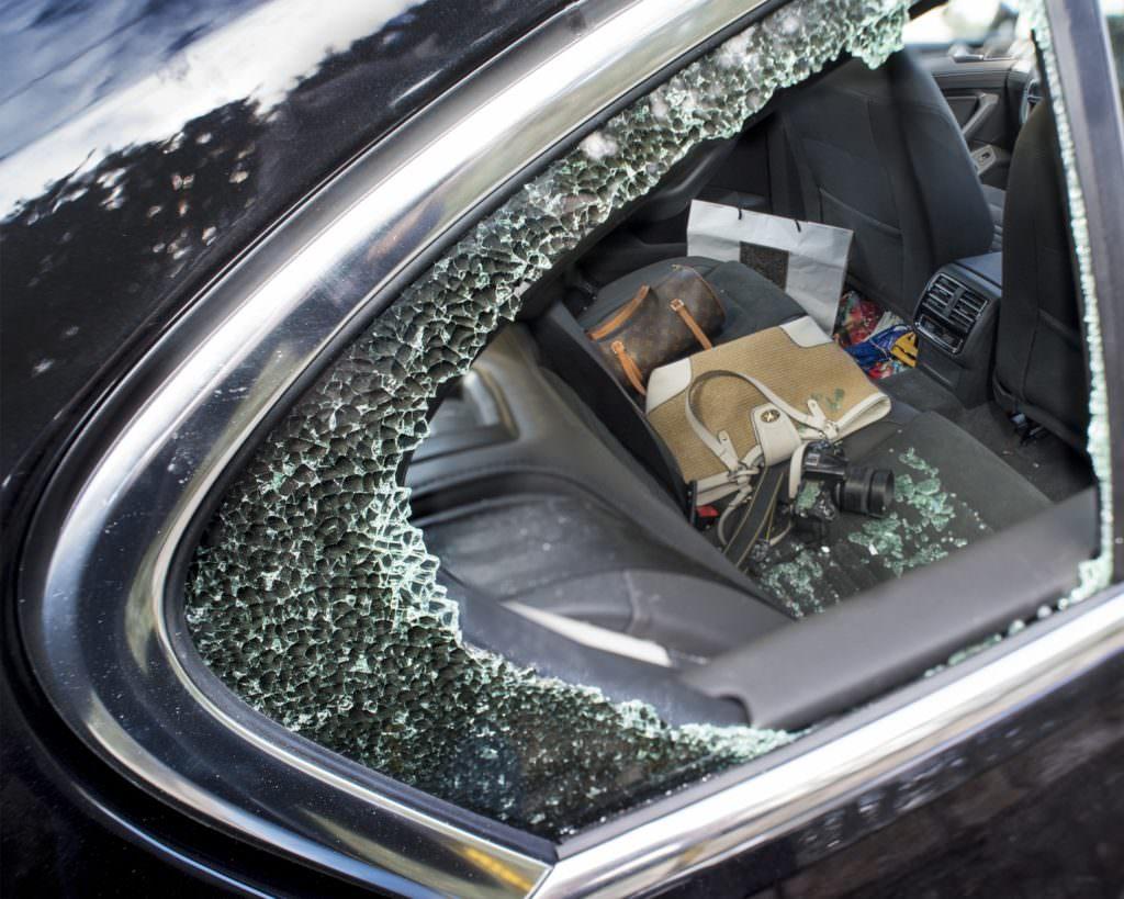 Einbruch in vier PKW in Klagenfurt - 5 Minuten - Nachrichten & Aktuelles