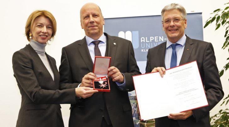 LHStv.in Gaby Schaunig, Vizerektor Martin Hitz und LH Peter Kaiser