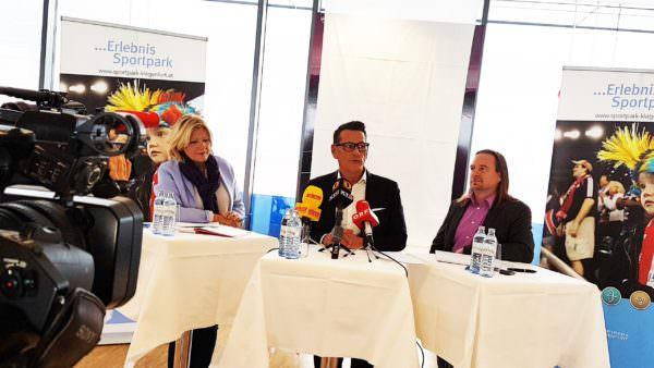 Bürgermeistern Dr. Maria-Luise Mathiaschitz, Klaus Leutgeb (Geschäftsführer der Leutgeb Entertainment Group) und Gert Unterköfler (Geschäftsführer Sportpark Klagenfurt GmbH) stellten die Pläne auf der heutigen Pressekonferenz vor.