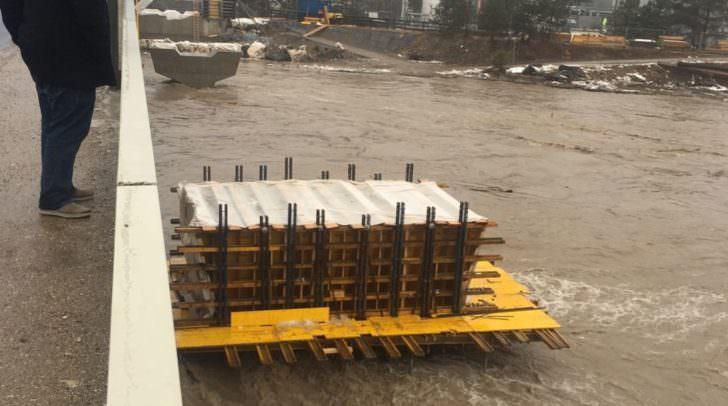 Blick auf die Baustelle der neuen Tschinowitscher Gailbrücke