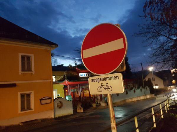 Zumindest Radfahrer dürfen.