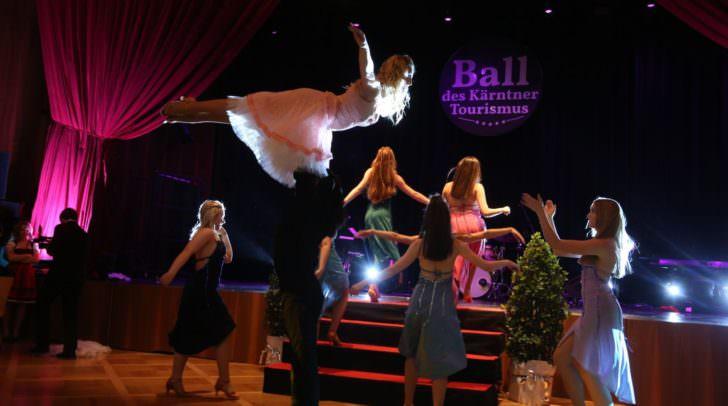Show-Act der TänzerInnen der Kata Mackh dance company