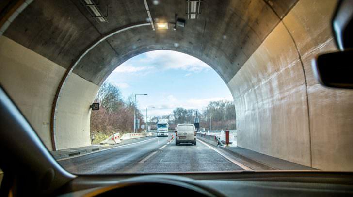 Die Tunnel sind während der Einsatzübung komplett gesperrt. Danach werden jeweils Tests bis 5 Uhr durchgeführt.