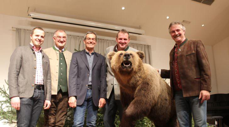vlnr: Christian Hecher (BGM Bad Bleiberg), Johannes Leitner (Obmann Jägerschaft), Florian Tschinderle (BGM Hohenthurn), Dieter Mörtl (BGM Feistritz/Gail), Franz Josef Smrtnik (BGM Bad Eisenkappel)