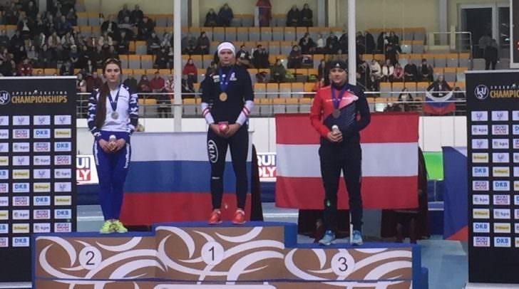 Die junge Ferlacherin belegte den ersten Platz im Eisschnelllauf über 500 Meter.