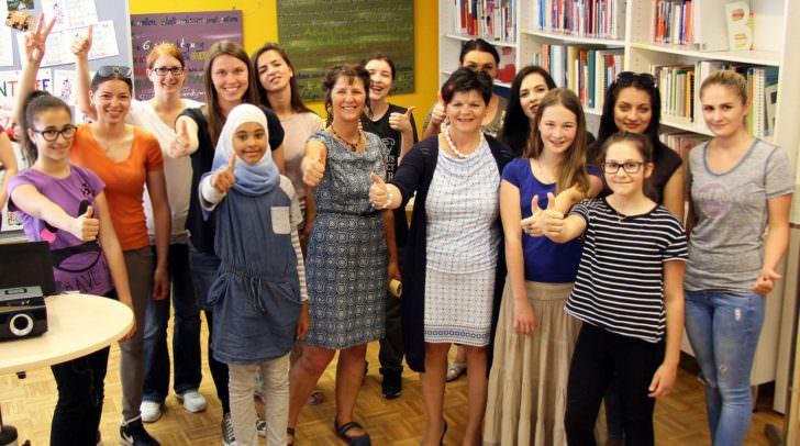 Stadträtin Ruth Feistritzer bei der Eröffnung des ersten Mädchen-Jugendzentrums in der Klagenfurter Innenstadt.