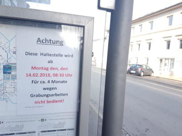 """Die Haltestelle """"Stadtwerke"""" wird während der Bauarbeiten nicht bedient."""