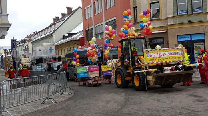 Bilder wie dieses könnten ab 2021 der Vergangenheit angehören. Bürgermeister Albel möchte sich jedoch für ein Weiterbestehen des Faschingsumzuges stark machen.