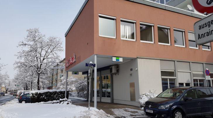 Die BKS-Filiale im Winter: Damals starteten die Proteste