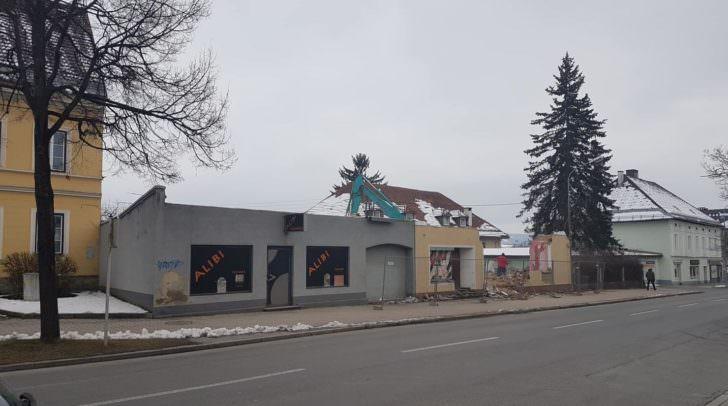 Das leerstehende Gebäude wurde abgerissen.