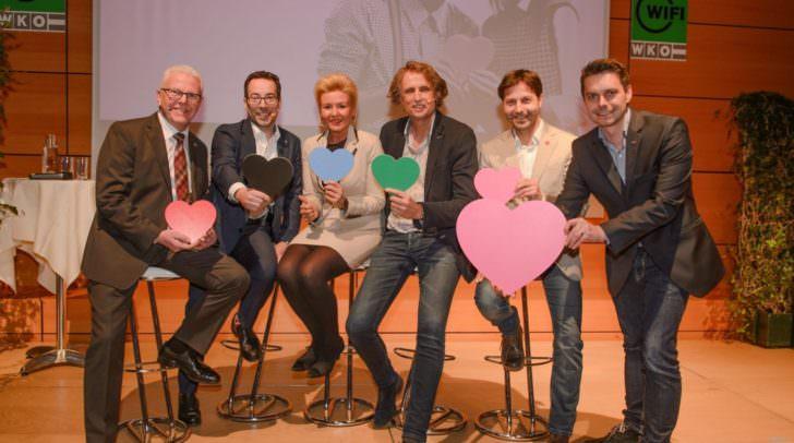 Neben politischen Schwerpunkten erfuhr man auch so einiges Privates über die fünf Kandidaten der Landtagswahl-Herzblattshow.