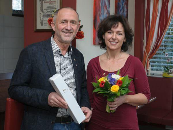 Auszeichnung für Top-Platzierung: Gerhard Stroitz und Gabi Lauritsch.
