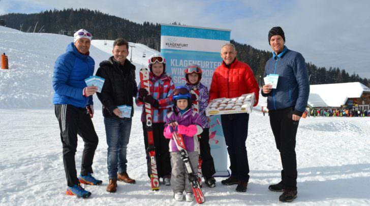 Sportreferent Vizebürgermeister Jürgen Pfeiler unddas Organisationsteam freuten sich über 1.000 junge Wintersportschnuppern-Teilnehmer