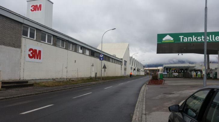In der Industriestraße kommt es zu kurzzeitigen (von Montag, 19., bis Dienstag, 20 März, von 8 bis 17 Uhr) Verkehrsbehinderungen.