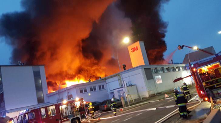 Bilder, die noch lange im Gedächtnis bleiben werden: Vor über einem Jahr kam es zum Großbrand im 3M.