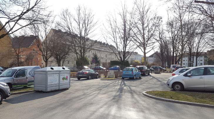 Hier am Parkplatz in der Bahnstraße wird es die Kontrollen geben.