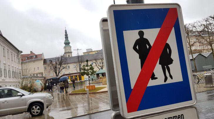 Aufgrund der Errichtung bzw. Umgestaltung der Begegnungszone rund um den Neuen Platz in Klagenfurt kommt es zu Umleitungen im Busverkehr.