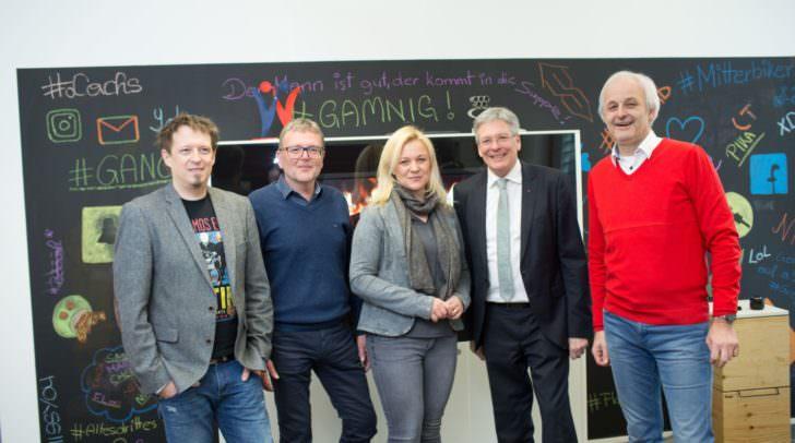 Thomas Waier, Norbert Rom, Daniela Zöchmann, LH Peter Kaiser und Kurt Lassnig beim Besuch der IT Labs im Lakesidesoftwarepark