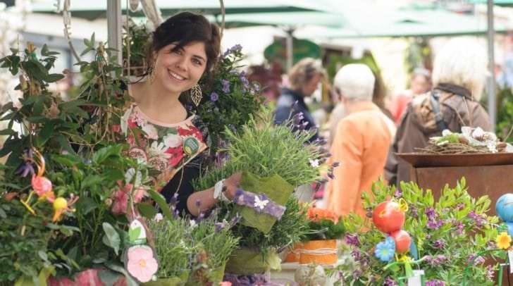 Es blüht, grünt und duftet von 25. bis 26. April wieder in der Villacher Innenstadt: Alles für die eigene Balkon-Oase und das individuelle Gartenparadies gibt's beim Blumenmarkt