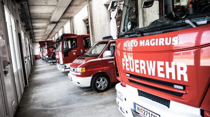 Beim Kauf von Tanklöschfahrzeugen sollen nahmhafte LKW-Hersteller die Preise um bis zu 10 Prozent erhöht haben.