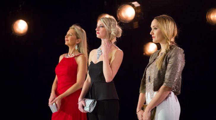 Die Kärntner Fashion-Bloggerin Desiree Riepl (rechts im Bild), musste sich in drei Runden der harten Kritik der prominenten Jury stellen.