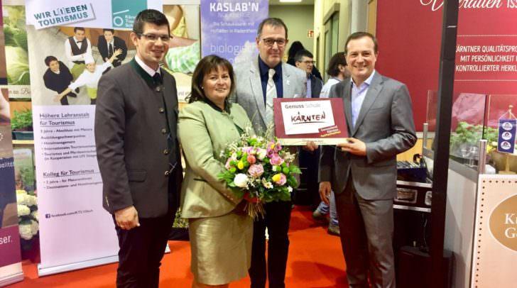 """Kärntner Tourismusschule als """"Genuss Schule"""" zertifiziert mit LR Martin Gruber und LR Ulrich Zafoschnig"""